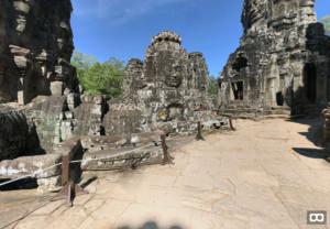 VR temple tour